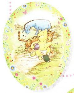 Füll- Osterei Winnie Pooh Classic Winnie and Friends 18 cm – Bild 1