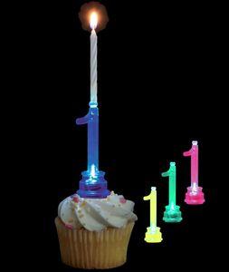 Blinkender Kerzenhalter in Form der Zahl 1