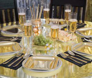 8 kleine längliche Appetizer Teller in Gold Glanz – Bild 2