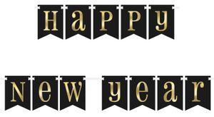 Girlande Silvester Party 2019 schwarz mit gold folierter Schrift